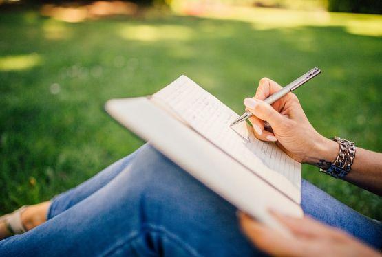 Top 10 lucruri despre scrisul unei persoane - Afla ce spune scrisul despre tine!