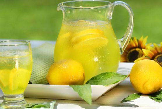 Limonade sau limonăzi?