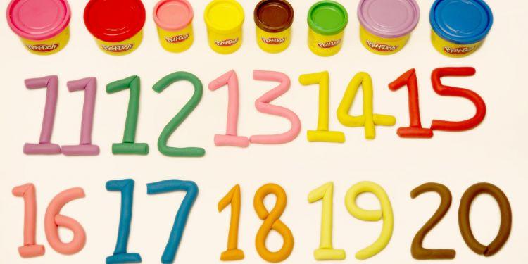 Cum scriem corect numerele de la 11 la 20?