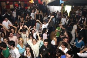 petrecere-club